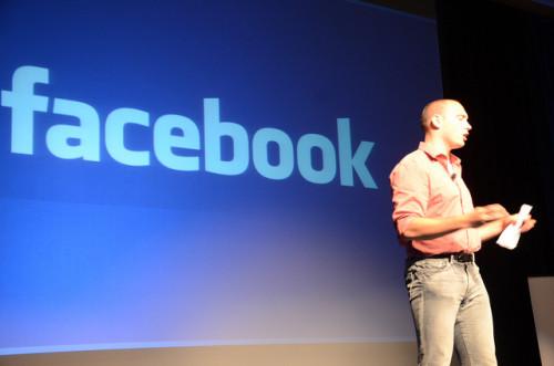 10 interesantes datos que seguro no conocías sobre Facebook. El #8 es impactante!